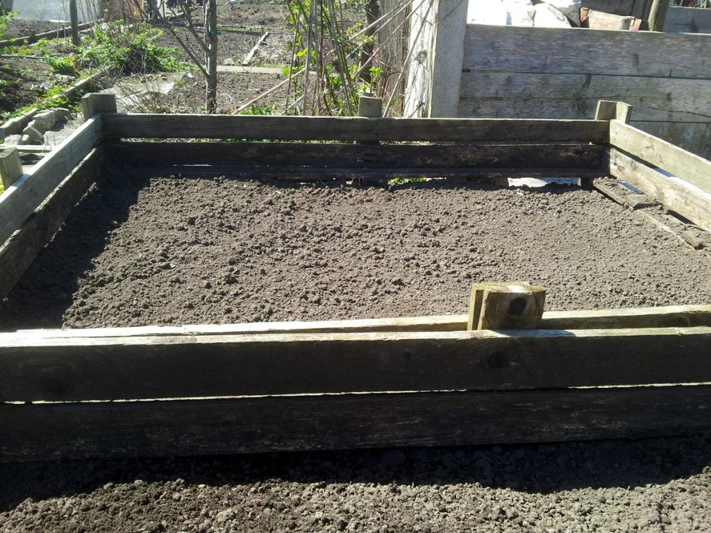 April 2016 - relocated raised beds
